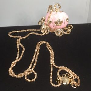 PINK CINDERELLA CARRIAGE NECKLACE ON GOLD CHAIN